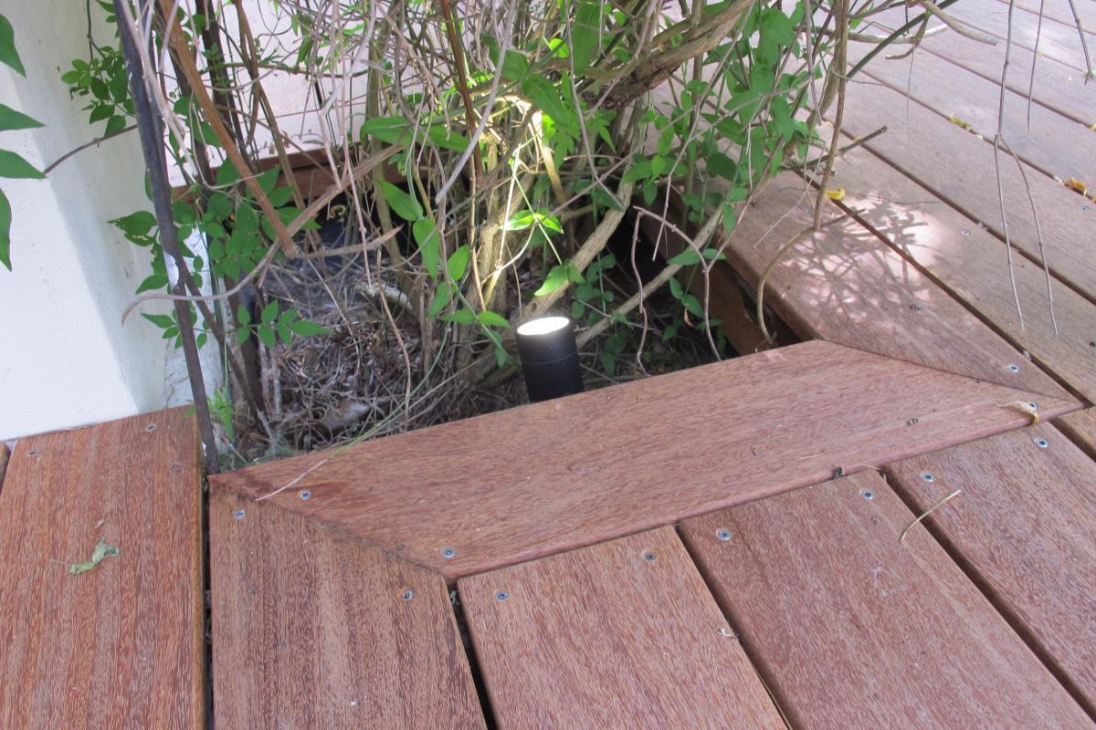 Spot led a piquer pour terrasse en bois - Spot led terrasse bois ...