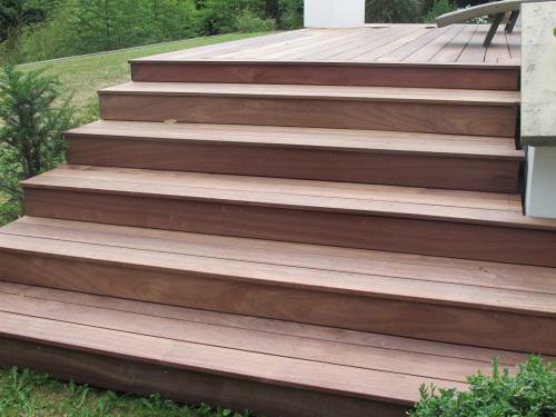 Habillage D Escalier Avec Des Lames De Terrasse En Padouk