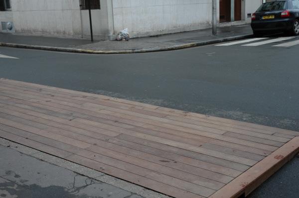 Terrasse en bois pour caf et restaurant - Calepinage terrasse bois ...