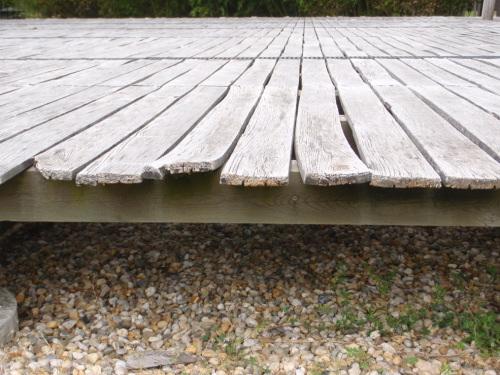 Terrasse en robinier faux acacia - Lame de terrasse acacia ...