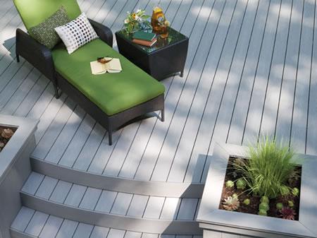 Lames bois composite terrasse sur pilotis balcons