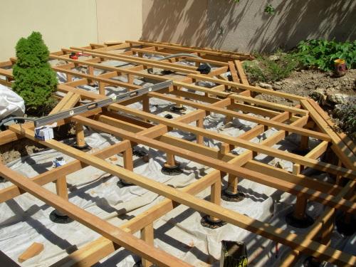 Terrasse en bois en ip sur pilotis Comment faire une terrasse en bois