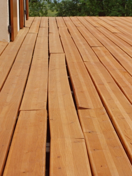 Terrasse En Bois De Meleze De Siberie Pictures to pin on Pinterest