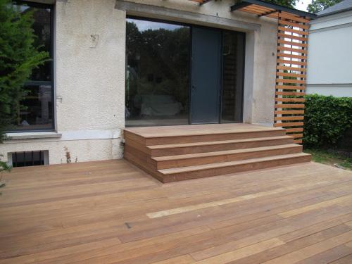 Mise en oeuvre terrasse en bois - La maison de l escalier ...
