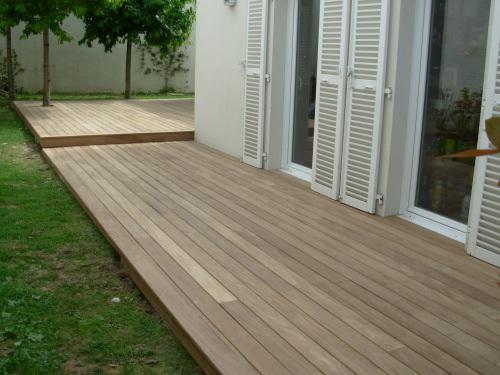 planche resine terrasse maison design. Black Bedroom Furniture Sets. Home Design Ideas