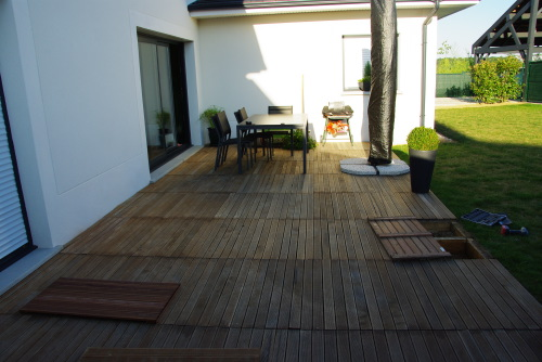 Caillebotis Bois Pas Cher : discount, Bricotruc et Bricmachin proposent des dalles en bois