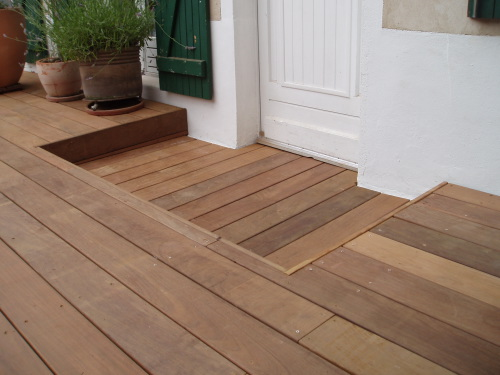 terrasse bois niveau laser. Black Bedroom Furniture Sets. Home Design Ideas