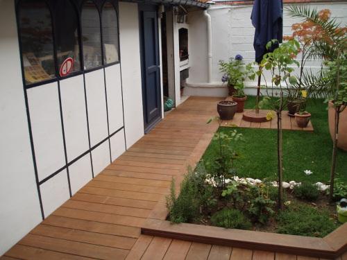 Faire une petit chemin de bois dans mon jardin