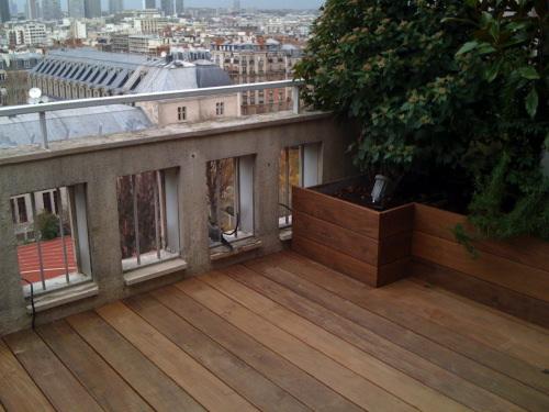 R alisation de terrasse et escalier en teck pose viss e - Etancheite jardiniere beton ...